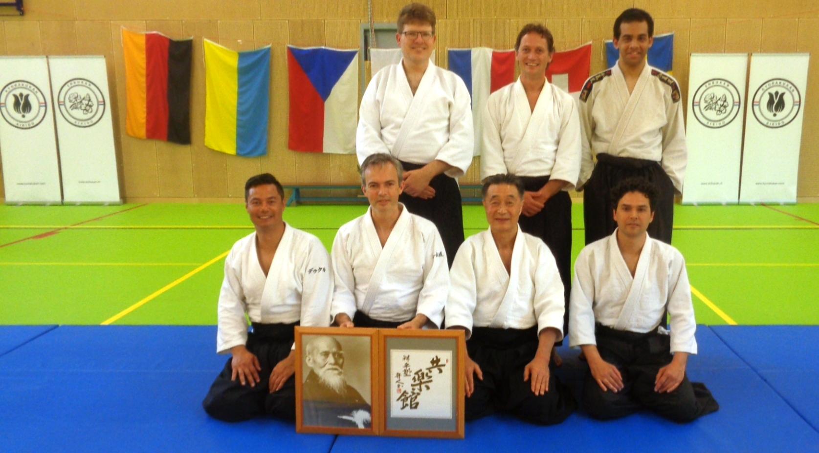 Geslaagden Aikido 3B met Uke's